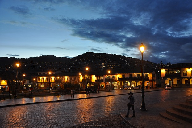Abenstimmung in Cusco