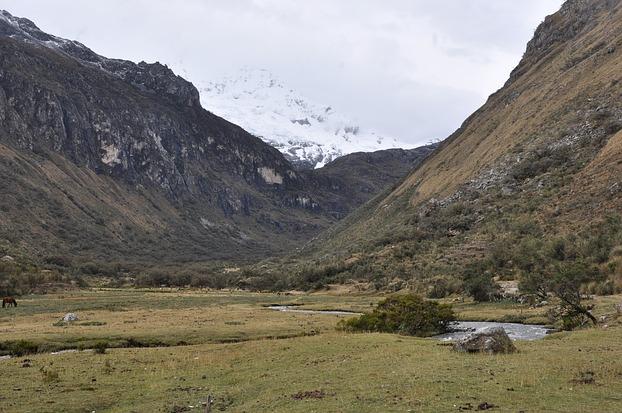 Auf dem Weg zur Laguna 69 in Peru