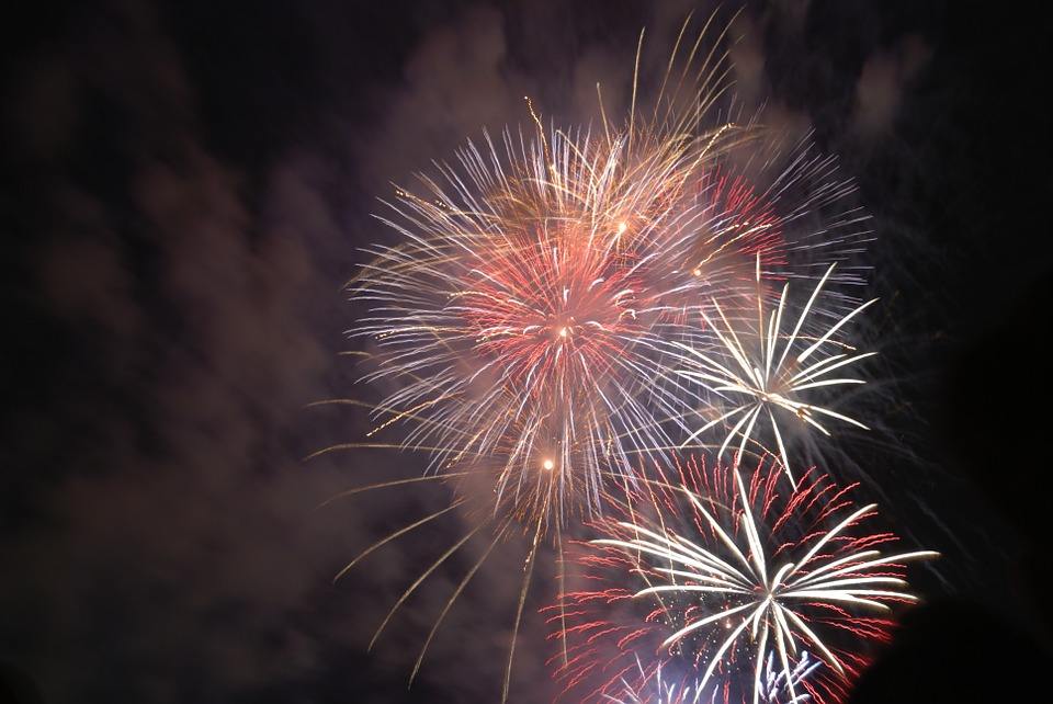 fireworks-80193_960_720