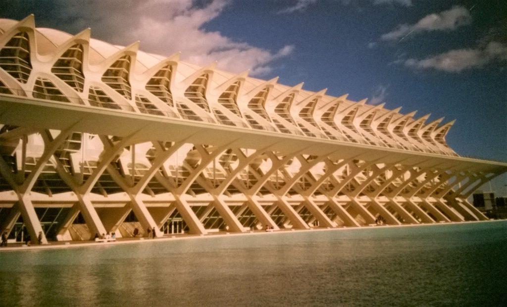 Gebäude aus der Stadt der Wissenschaften in Valencia